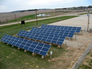 The municipal utility's community solar garden at Traer. Photo courtesy of Iowa Association of Municipal Utilities.
