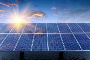 New capacity from renewable energy sources during the first half of 2015 is 904 times greater than that from coal and more than double that from natural gas. Photo credit: Shutterstock