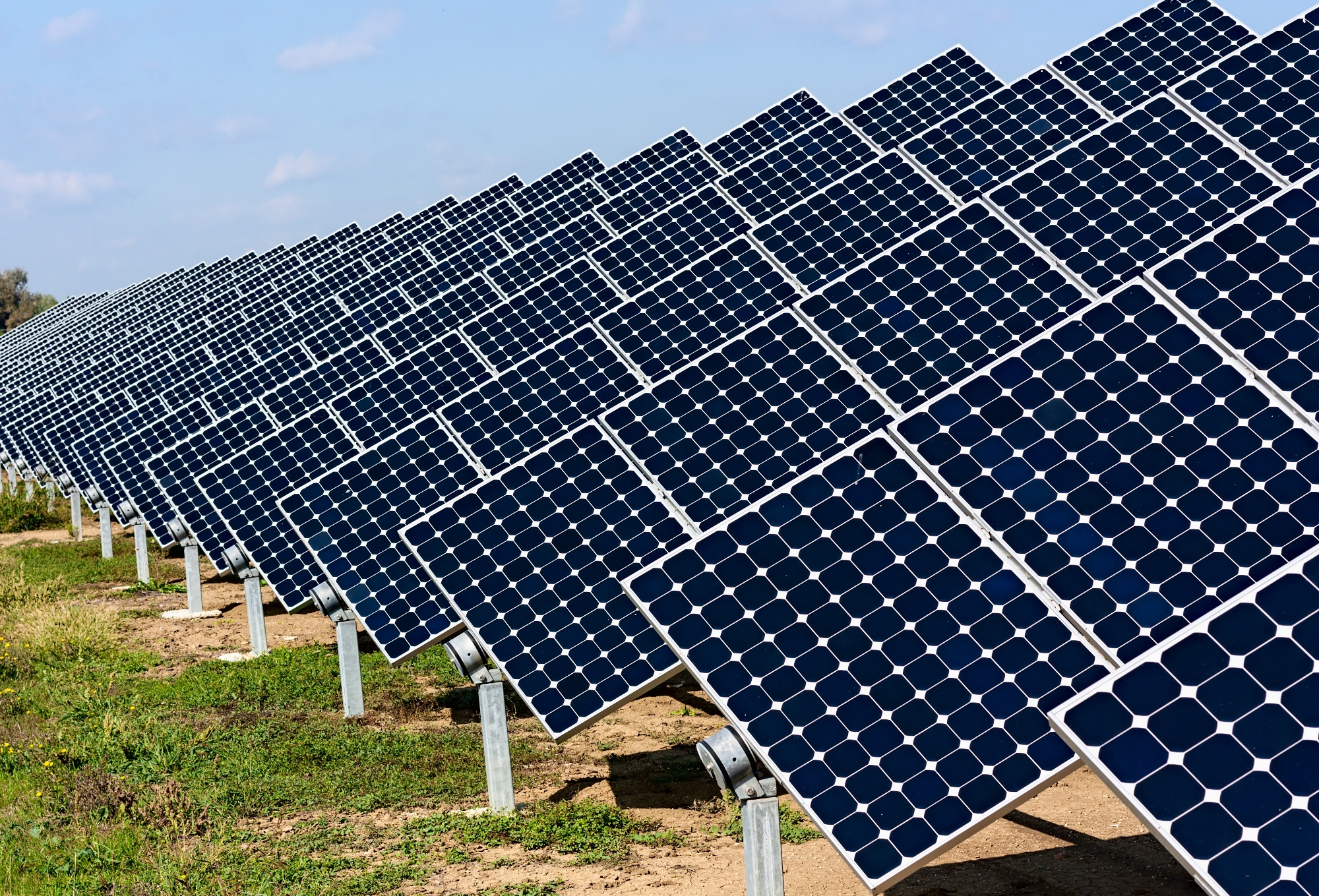 producing and selling solar panels in While not producing nearly the total amount of solar power as the other leading nations, the 185 gw italy created in 2014 represented almost 10% of the nation's total energy needs, more than.