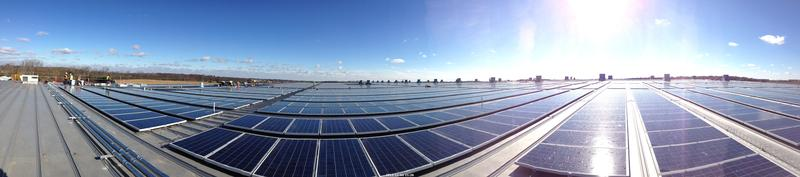 2.2-megawatt solar array that powers the Staples distribution center in  Central Ohio. Photo: Staples